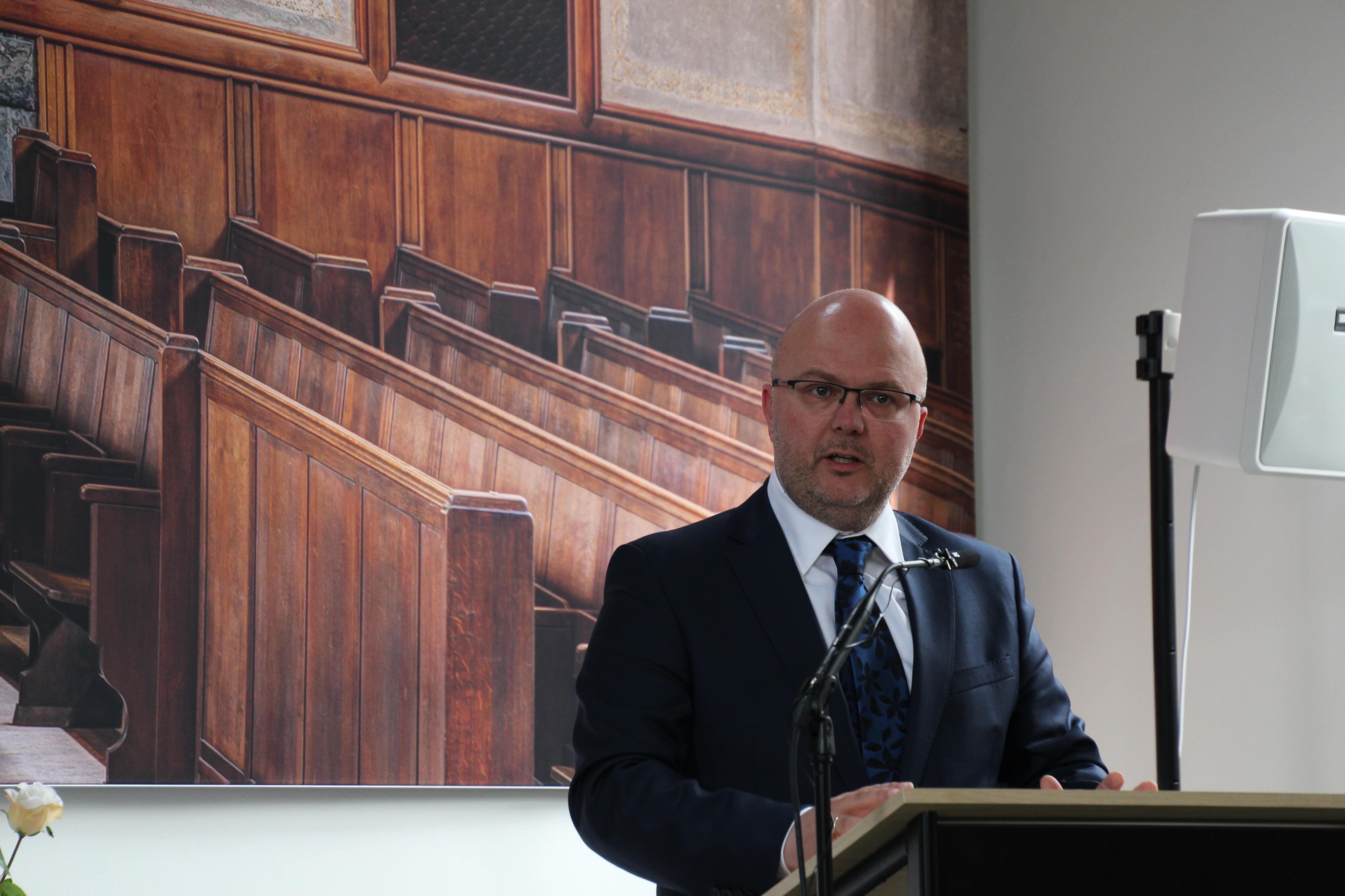 Wethouder J. Huizinga